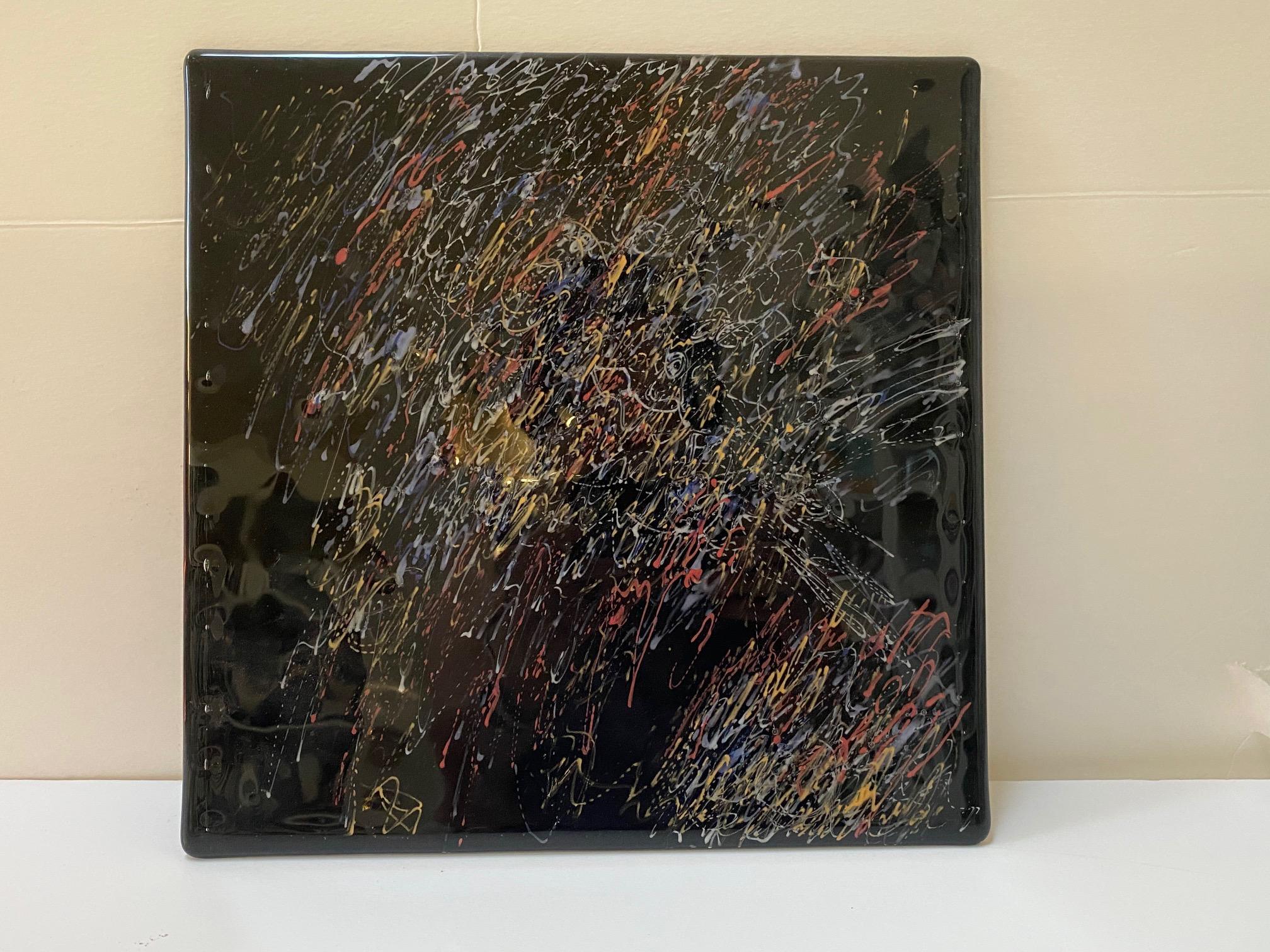 Detangled Panel Black